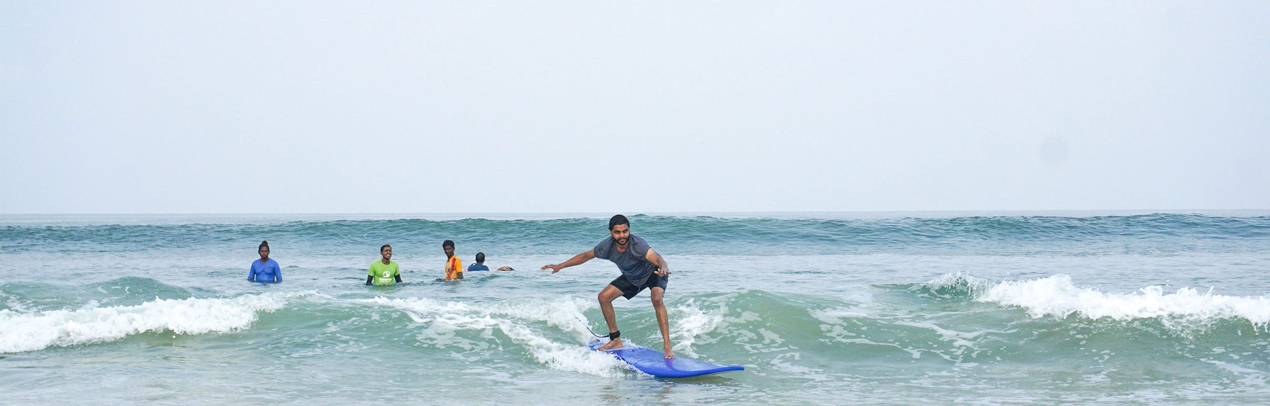 Surfing for Beginners - Mantra Surf Club - 3 days course